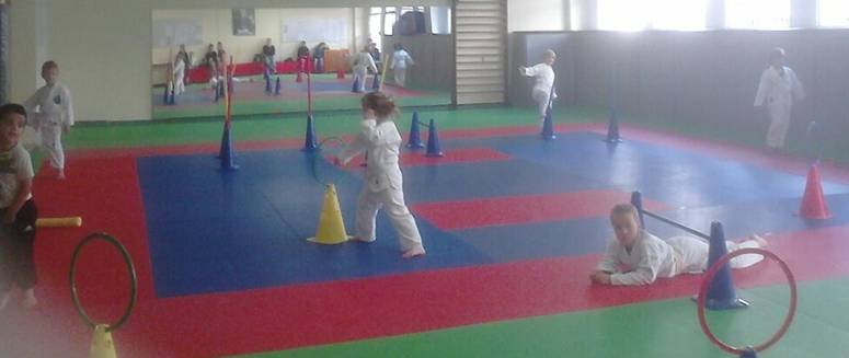 EAKS babykarate sept 2015 2.jpg